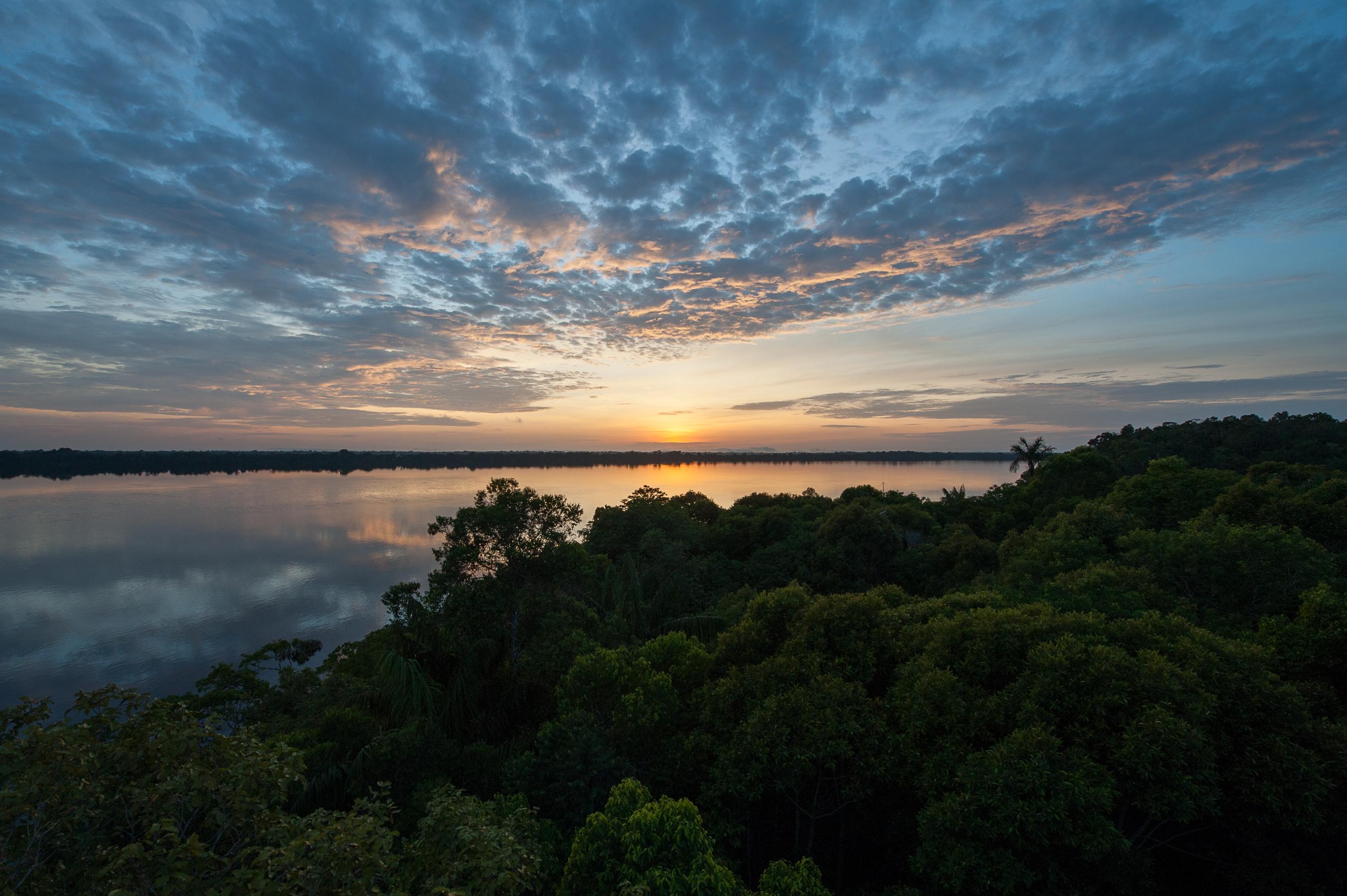 coucher de soleil archipel Anavilhanas