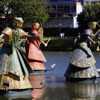 Statues Orixas Dique do Tororo Salvador