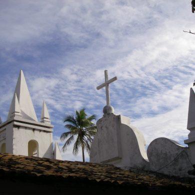 toit de la petite église de Praia do Forte