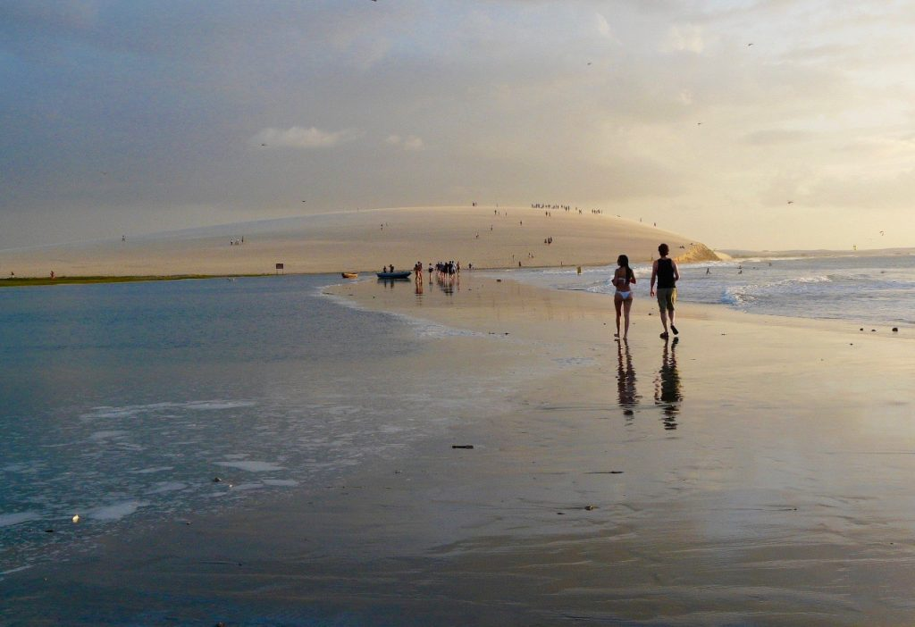 le long de la plage de Jericoacoara